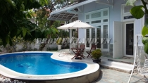 villa for rent on Nguyen Van Huong 450 sqm 2 floors fully furnished with 4BRs garden and pool