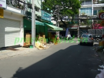 House for rent on Nguyen Thanh Y street, District 1