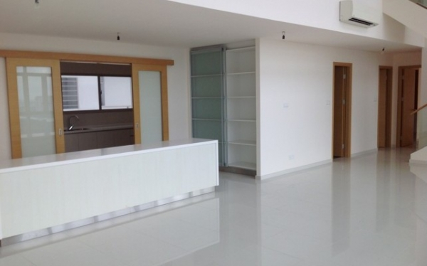 The Vista Duplex apartment for sale 2 floors 290sqm 5BRs nice design with riverview