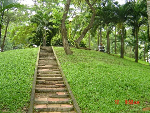 Bán đất MT Nguyễn Văn Hưởng quận 2 vơi 1340 m2