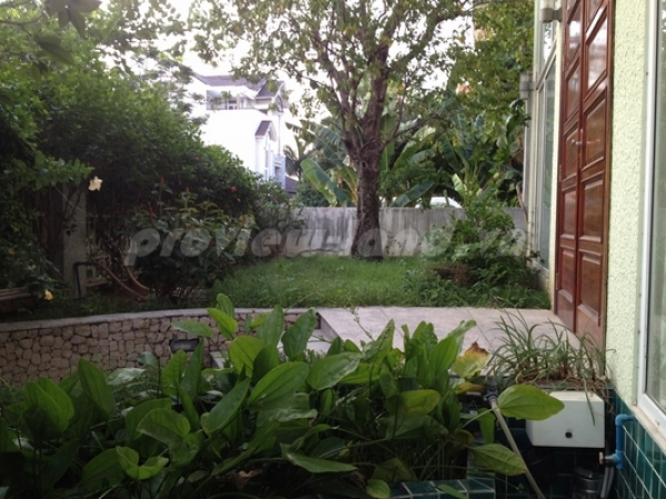 Bán villa khu compound Trần Não 330m2 biệt thự sân vườn 5 PN