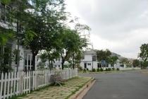 Bán đất Phú Mỹ Hưng khu nhà phố Nam Long 162m2 sổ đỏ