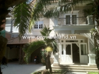 Thao Dien Villa for rent in the Compound with 5beds