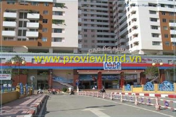 Sell Screc Towers 17th floor apartment of 3 bedrooms cheap