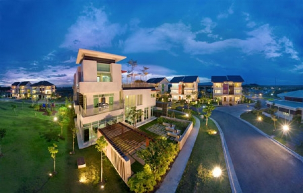 Villa for sale in Hoa Phuong street, Phu Nhuan District 16x18m