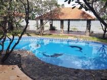 Villa compound Phu Tuong cho thuê hồ bơi sân vườn đẹp