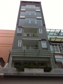 Bán nhà phố mặt tiền quận 1 dt 5x20m