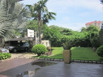 Villa for sale in Nguyen Van Huong street, District 2 with area of 1000sqm, 28 billion VND