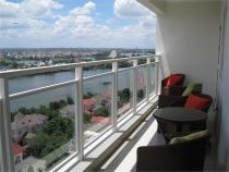 Cần bán căn hộ River Garden view phố rất đẹp