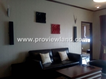 Apartment for rent in Hung Vuong Plaza 30th floor