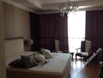 Căn hộ cho thuê trên tầng cao tại XI Riverview 201m2 3 phòng ngủ