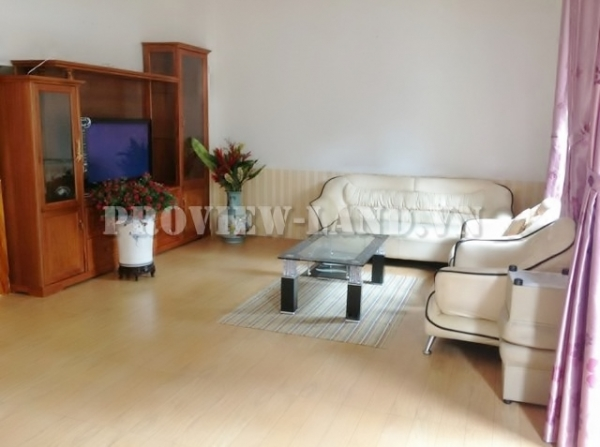 Town-house for rent in Tran Nao street, area 9x18m, 1 ground, 1 floor