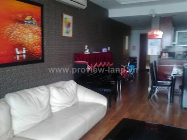 Bán căn hộ Hùng Vương Plaza Quận 5, nội thất đẹp giá rẻ