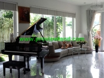 Sell ​​Nam Phu District 7 villas furnished with lowest price
