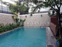 Cho thuê biệt thự MT Nguyễn Văn Hưởng DT 500m2 hồ bơi đẹp
